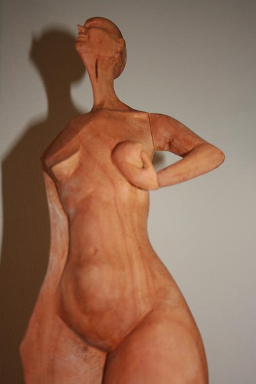 Holzskulptur Frauenkörper